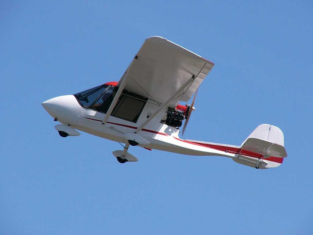 Challenger 2 Ultralight - Photo #1