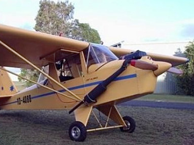 Originally The Plane Was Designed For Gear That Could Be Manually Retracted Folding Backwords Into Wings Kr 2t E With Fixed