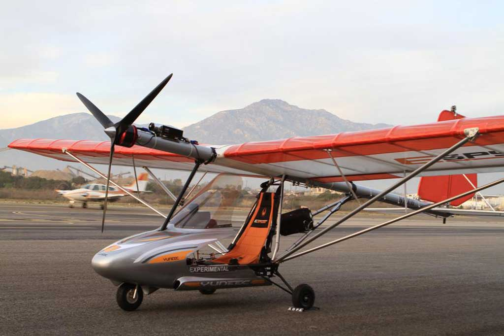 buy ultralight helicopter with Espyder on 150382801734 further Rotor Fx In Van Nuys Sells Affordable Choppers likewise Jetpack Invention Reaches 5 000ft Futuristic Transport Gets Closer  mercial Use as well 03573 together with Carat A videos.